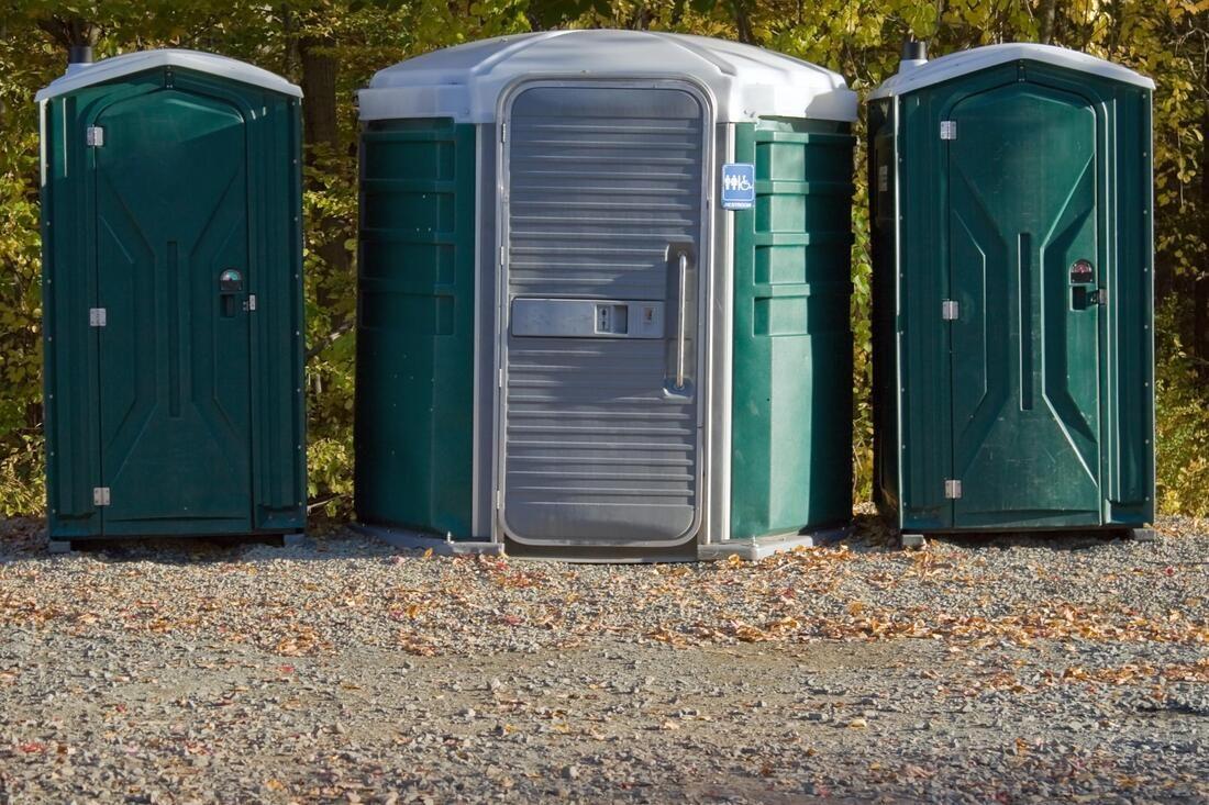 septic-tank-cleaning-sydney-portable-toilet-hire-2_orig-6219898